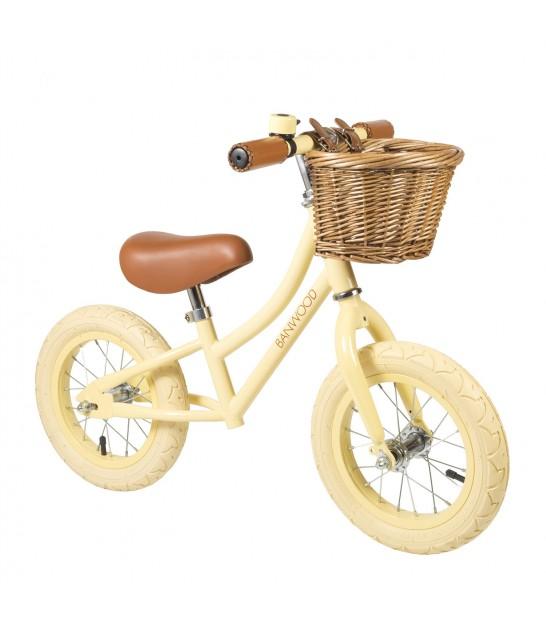 bicicleta crema para niños